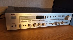 Yamaha R-2000 Stereo Receiver. for Sale in Novato, CA