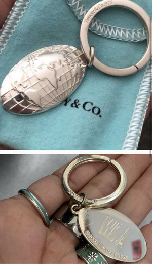 Tiffany and co World Globe 🌎 Keychain-Like New for Sale in El Monte, CA