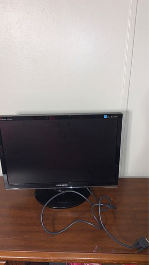 Samsung monitor with plug for Sale in Columbia, SC