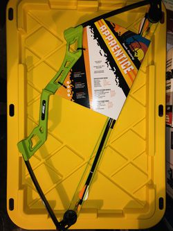 Youth Compound Bow Archery Set for Sale in Rochester,  WA