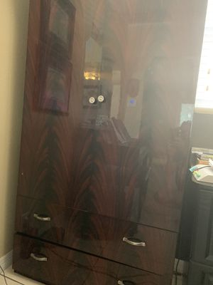 Italian Armoire great condition for Sale in Pinellas Park, FL