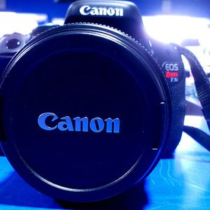 Canon EOS Rebel T3i DSLR Camera for Sale in Bridgeport, CT