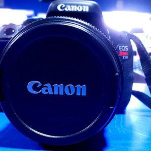 Canon EOS Rebel T3i DSLR Camera for Sale in Bridgeport, CT