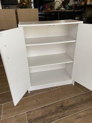 White 3-shelf cabinet for Sale in Celina, TX