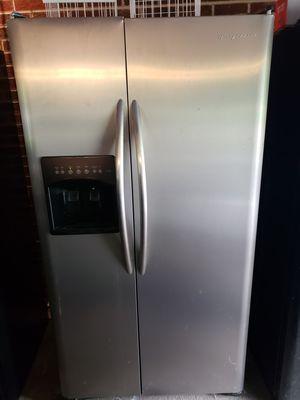 Fridgiadaire fridge for Sale in Cumberland, VA