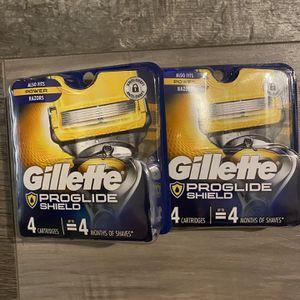 Gillette proglide shield 4 razor cartridges $12 cartridges each pack for Sale in San Bernardino, CA