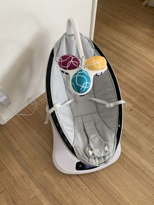 4moms mamaRoo 4 Baby Swing for Sale in Los Angeles, CA