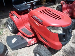 Riding mower not running not sure what all that needs $200 for Sale in Dallas, TX