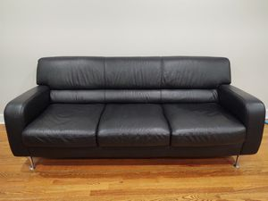 Natuzzi real leather Italian couch sofa for Sale in Aurora, CO