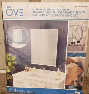OVE Decors Carlow Single Door Medicine Cabinet for Sale in Downey, CA