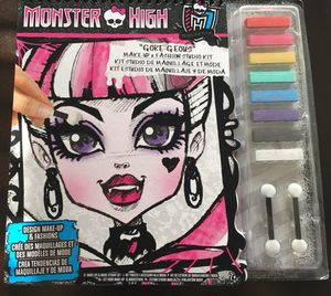 Monster High makeup and fashion kit *NEW* for Sale in Dallas, TX
