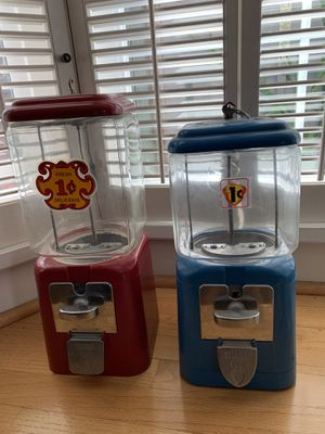 Vintage Antique Glass Gumball/Nut Vending Machines with Keys for Sale in Newark, CA