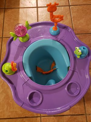 Summer Infant Deluxe baby chair for Sale in Garland, TX