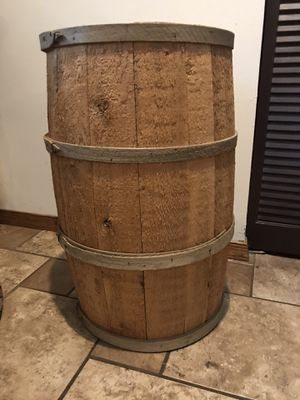 """Wooden Barrel very nice condition 24""""H x 15"""" W. Porch Pickup Only for Sale in New Ringgold, PA"""