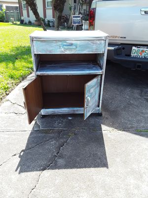 Old solid server on wheels for Sale in New Port Richey, FL