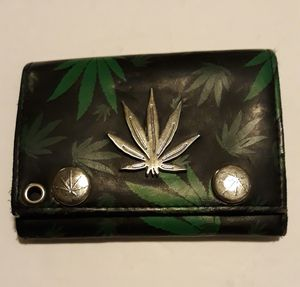 Used wallet for Sale in Salinas, CA