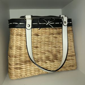 Straw purse for Sale in Clovis, CA