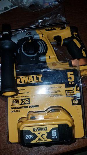 """20v XR 1""""sds rotary hammer & 5.0 batt new firm price/rotomartillo XR y pila de 5.0 precio firme for Sale in Escondido, CA"""