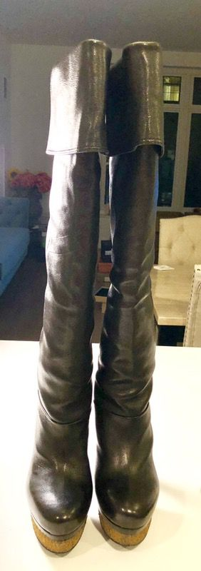 BCBG Maxazria black over the knee boots, size 6, 5 in heel for Sale in Boston, MA