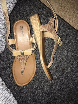 michael kors sandals for Sale in Murfreesboro, TN
