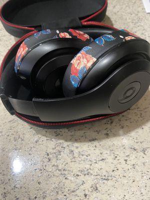 Dre beats studio wireless for Sale in Goodyear, AZ