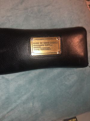 Marc Jacobs wallet black for Sale in Waltham, MA