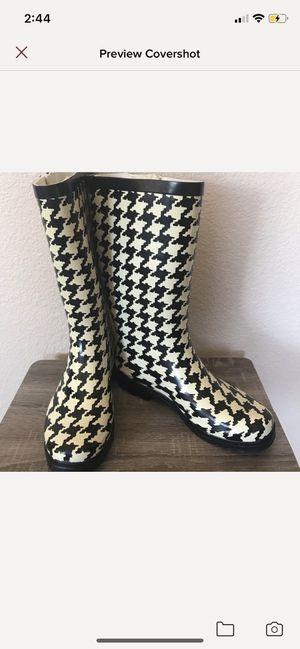 Black Cream Buckle Rain Boots for Sale in Las Vegas, NV