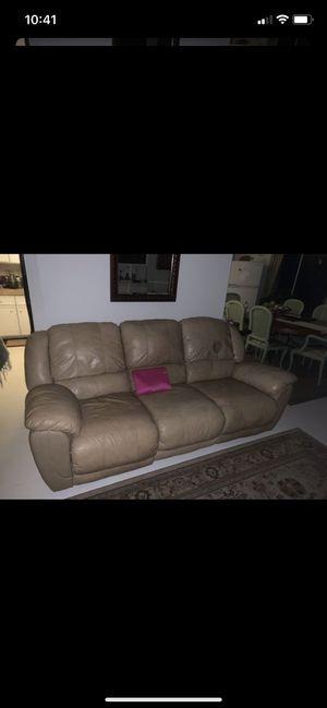 3 seater sofa/recliner for Sale in Miami, FL