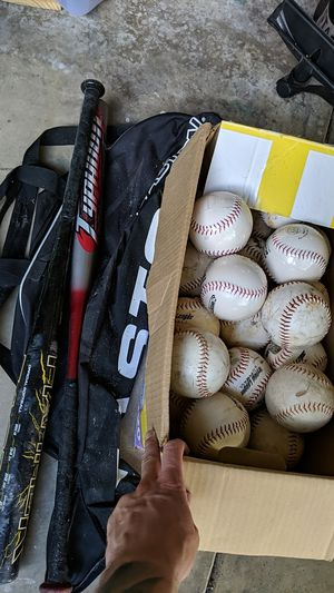 Softballs, bats, and bat bag for Sale in Fort Mill, SC