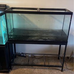 90 gallon fish tank with stand for Sale in Indianapolis,  IN