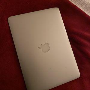 2013 Apple MacBook Pro For Sale 256 GB for Sale in Miami, FL