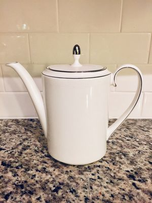 Vera Wang by Wedgwood Dinnerware, Blanc Sur Blanc Coffee Pot for Sale in Miami, FL
