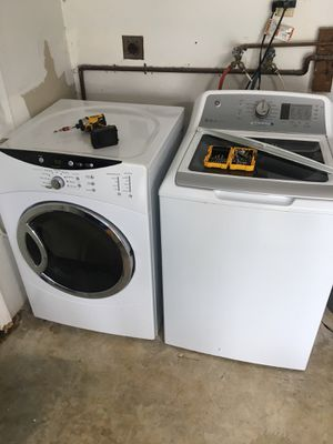 Lavadora y secadora washer and dryer for Sale in Miami, FL