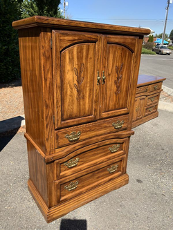 Nice Solid Gentleman's Chest / Highboy Dresser - Delivery Available for Sale in Tacoma,  WA