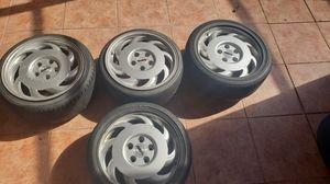 """17"""" corvette retro directional staggered wheels. for Sale in Miami, FL"""
