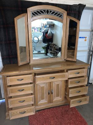 Dresser with mirror and nightstands for Sale in Chandler, AZ