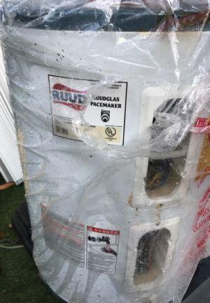 Water heater for Sale in Pompano Beach, FL