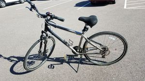 Great GIANT hybrid bike!! for Sale in Lakewood, CO
