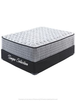 NEW IN THE BOX. ***ONLY MATTRESS*** 13 Inch QUEEN SIZE HYBRID MATTRESS, NOT RECYCLE SKU#TC4M62731M for Sale in Westminster,  CA