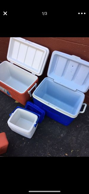 3 cooler set for Sale in Verona, PA