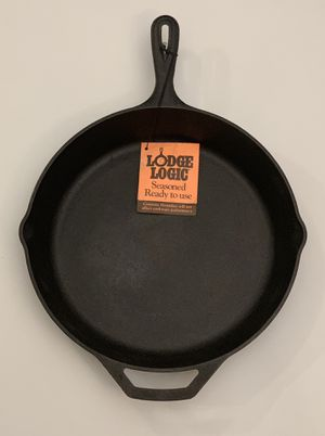 """Lodge Brand New 12"""" Cast Iron Skillet for Sale in Los Angeles, CA"""