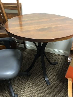 Bar Height Wooden Table and 4 Stools - Excellent Condition for Sale in Danville, CA