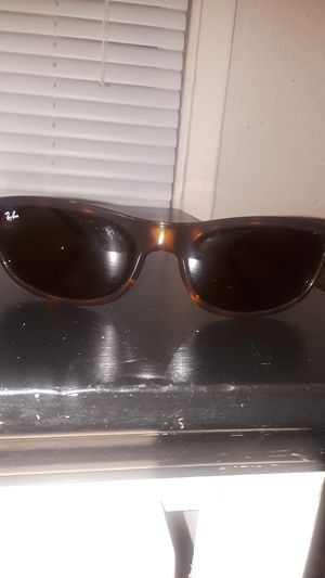 Ray-Bans Unisex Authentic!!! for Sale in Tacoma, WA