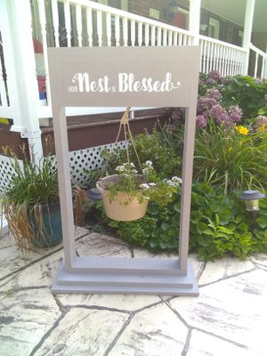 Hanging flower pot/welcome sign for Sale in Glen Burnie, MD