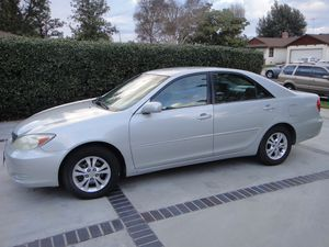 2004 TOYOTA CAMRY LE for Sale in Los Angeles, CA
