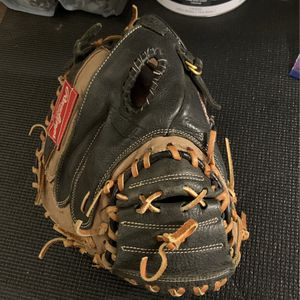 Left-Handed Rawlings Catchers Glove for Sale in Highland, CA