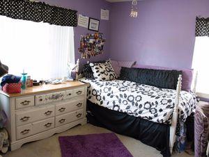 FURNITURE - Girls bedroom for Sale in South Pasadena, CA
