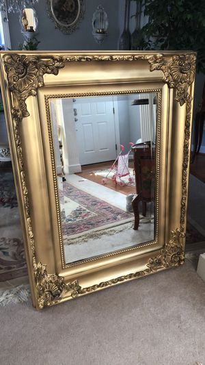 """""""SERIOUS INQUIRIES PLEASE """"49""""X37"""" Large Gold Antique French Style Wooden gold Mirror for Sale in Gainesville, VA"""