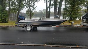 97 fish boat Outboard Motor 85 horsepower for Sale in Yardley, PA