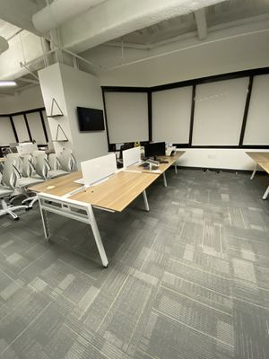 Steelcase Bivi Desks - 3 part series (w/ electrical and dividers) for Sale in Los Angeles, CA